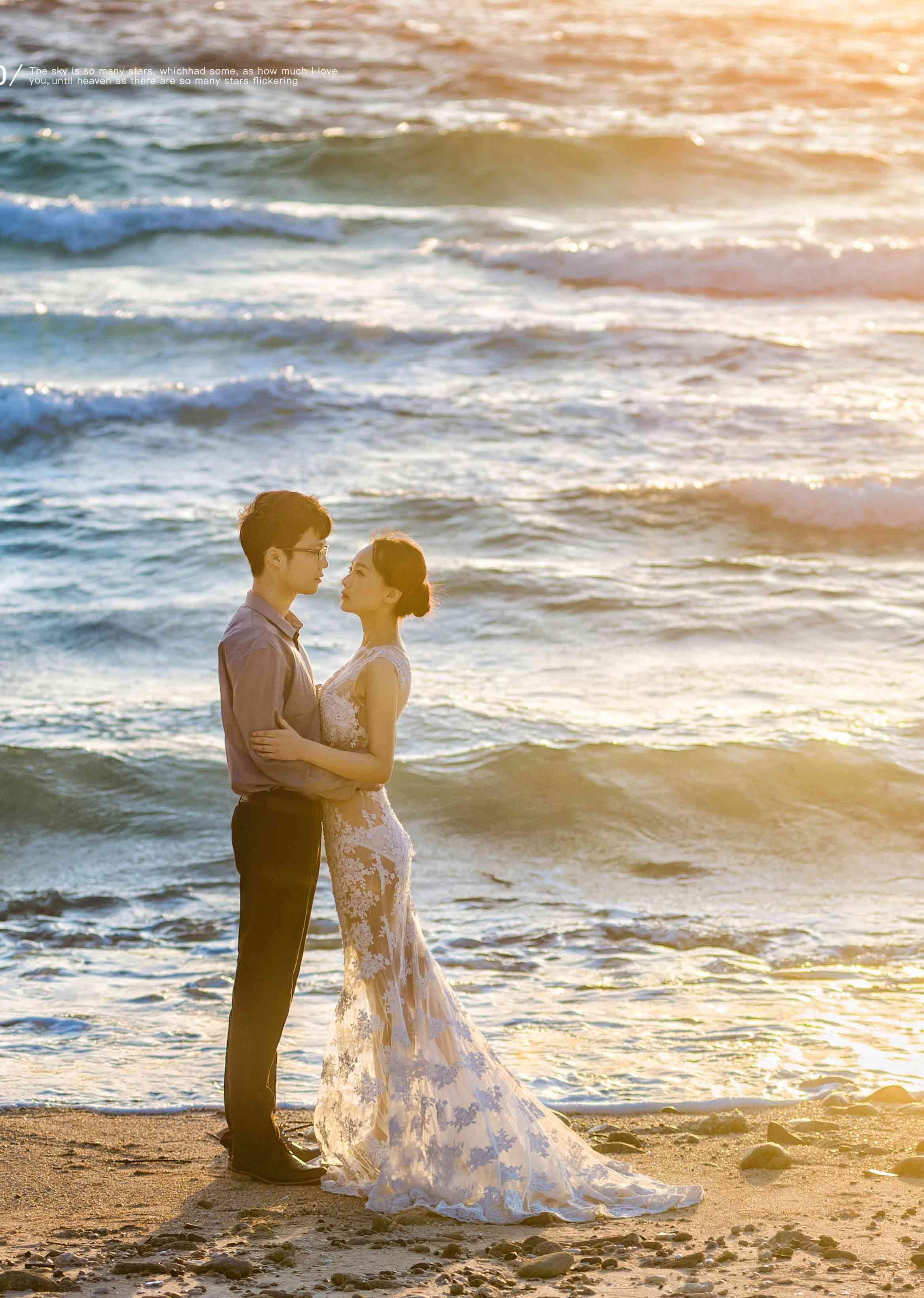 海岸夕阳伴我行