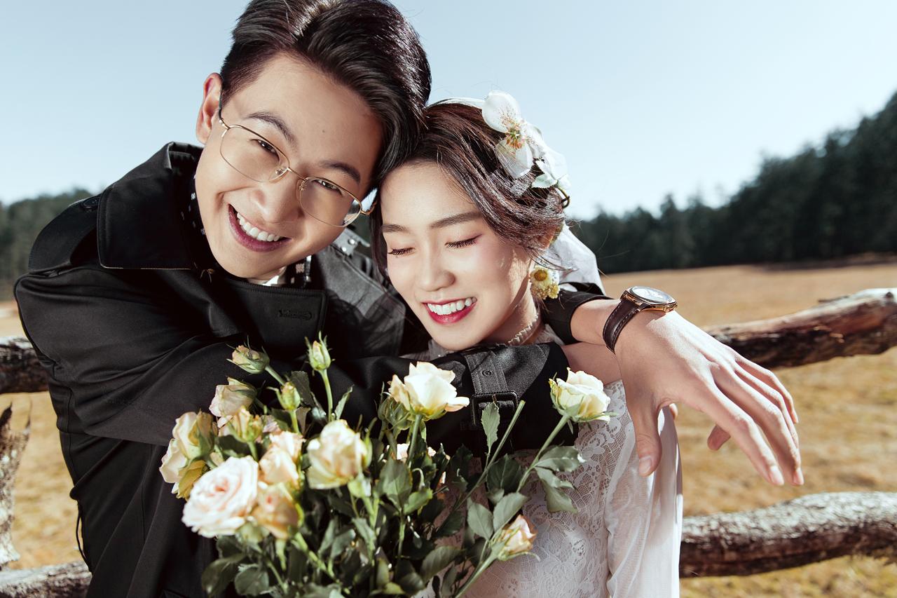 国庆节去丽江拍婚纱照贵吗?