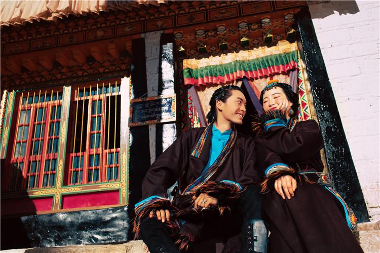 西藏婚纱照拍摄价格