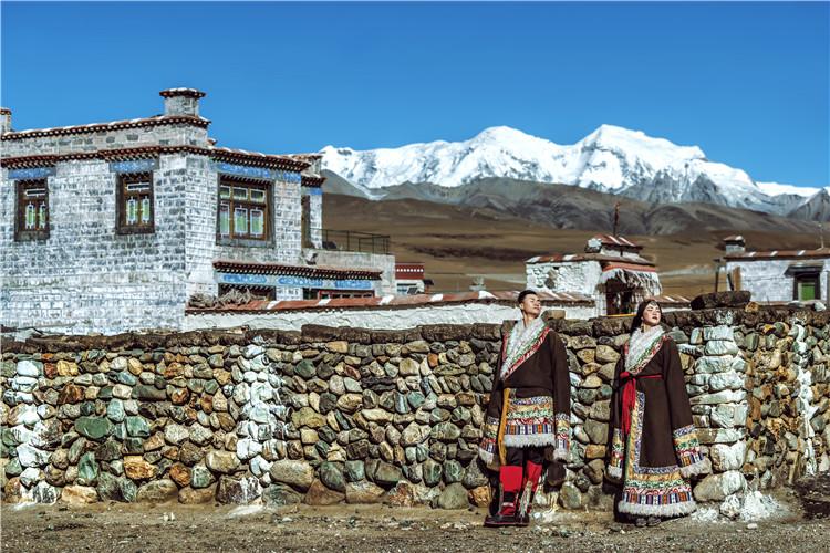西藏主题婚纱摄影价钱